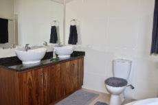 Main bathroom double vanity