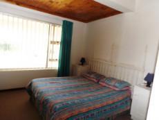 1st Floor:  Main en suite Bedroom (with shower).