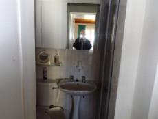 1st Floor:  Bathroom of Main en suite Bedroom (with bath).