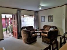 Warm entrance into the open plan living areas