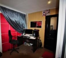 Office / Flat let