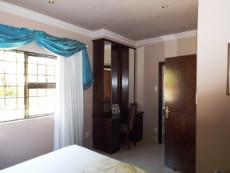 1st Floor: 3rd en suite Bedroom (with shower). Mahogany all the way