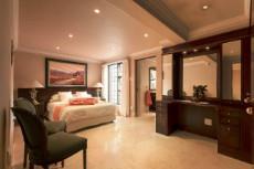 Ground Floor: 4th full en suite Bedr (bath & shower). Mahogany.