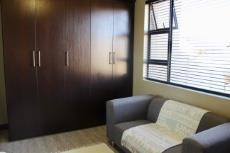 3rd Bedroom Built-in cupboards