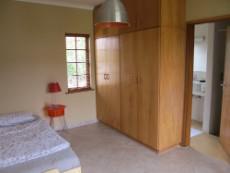 Flat (bedroom & bathroom)
