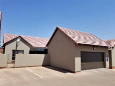 Double automated garages & double visitors parking at the unit