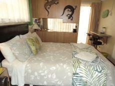 Unit 2, double accommodation