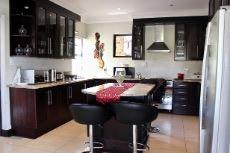 Mahogany veneer kitchen