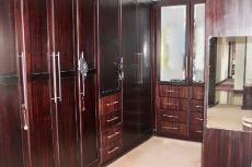 Main bedroom built-in cupboards