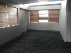 225m2 TO LET in Centurion