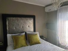 Sunny main bedroom