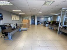 Warehouse To Let Close to Centurion