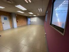Offices and warehouse To Let in Midrand