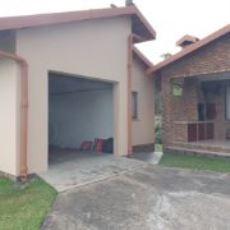 Flatlet garage