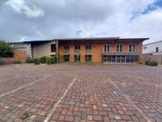 Warehouse To Rent in Hennopspark