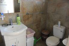 Granny Flat - Bathroom