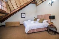 Main Lodge bedroom 4
