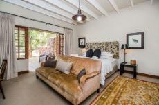 Main lodge en suite bedroom 3