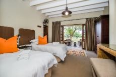 Main Lodge Bedroom 2