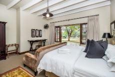 Main Lodge Bedroom 3