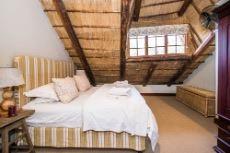 Main lodge bedroom 5