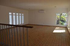 Windhoek, Klein Windhoek, Private Lounge