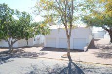 Windhoek, Klein Windhoek, Triple Automated Garage