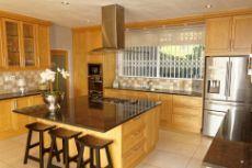Amazing open plan kitchen