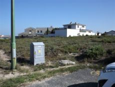 More Dwellings;  now more in the direction of Gansbaai).