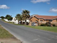 Houses on our side of Road  -  in the direction of Gansbaai.