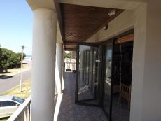 5 Bedroom House for sale in Kleinbaai 739700 : photo#4