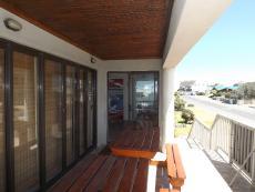 5 Bedroom House for sale in Kleinbaai 739700 : photo#3