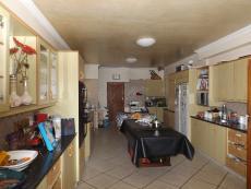 5 Bedroom House for sale in Kleinbaai 739700 : photo#11