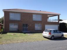3 Bedroom House pending sale in Kleinbaai 846539 : photo#0