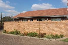 2 Bedroom Townhouse for sale in Komati 856098 : photo#8