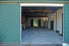 6 stables tack room and feed rooms.