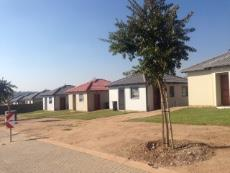 3 Bedroom House for sale in Fourways 877391 : photo#0