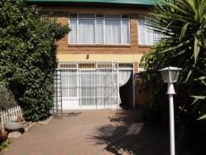2 Bedroom Townhouse for sale in Eldoraigne & Ext 881680 : photo#0