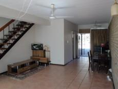 2 Bedroom Townhouse for sale in Eldoraigne & Ext 881680 : photo#1
