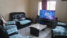 Living room / Tv room