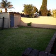 3 Bedroom Townhouse pending sale in Norkem Park 985915 : photo#19