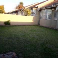 3 Bedroom Townhouse pending sale in Norkem Park 985915 : photo#17