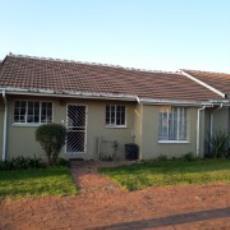 3 Bedroom Townhouse pending sale in Norkem Park 985915 : photo#16