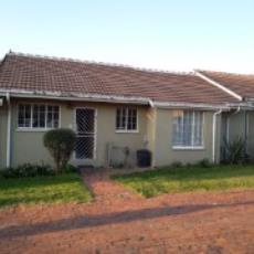 3 Bedroom Townhouse pending sale in Norkem Park 985915 : photo#21