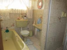 3 Bedroom House for sale in Claremont 987712 : photo#15