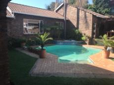 5 Bedroom House pending sale in The Reeds 998504 : photo#0